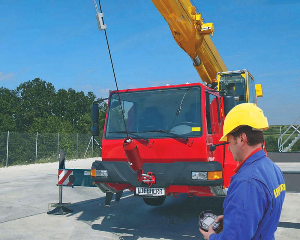 автокран Liebherr LTM 1040 с дистанционным управлением