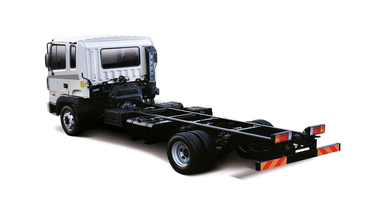 колёсное шасси Hyundai HD 120 без установленного дополнительного оборудования