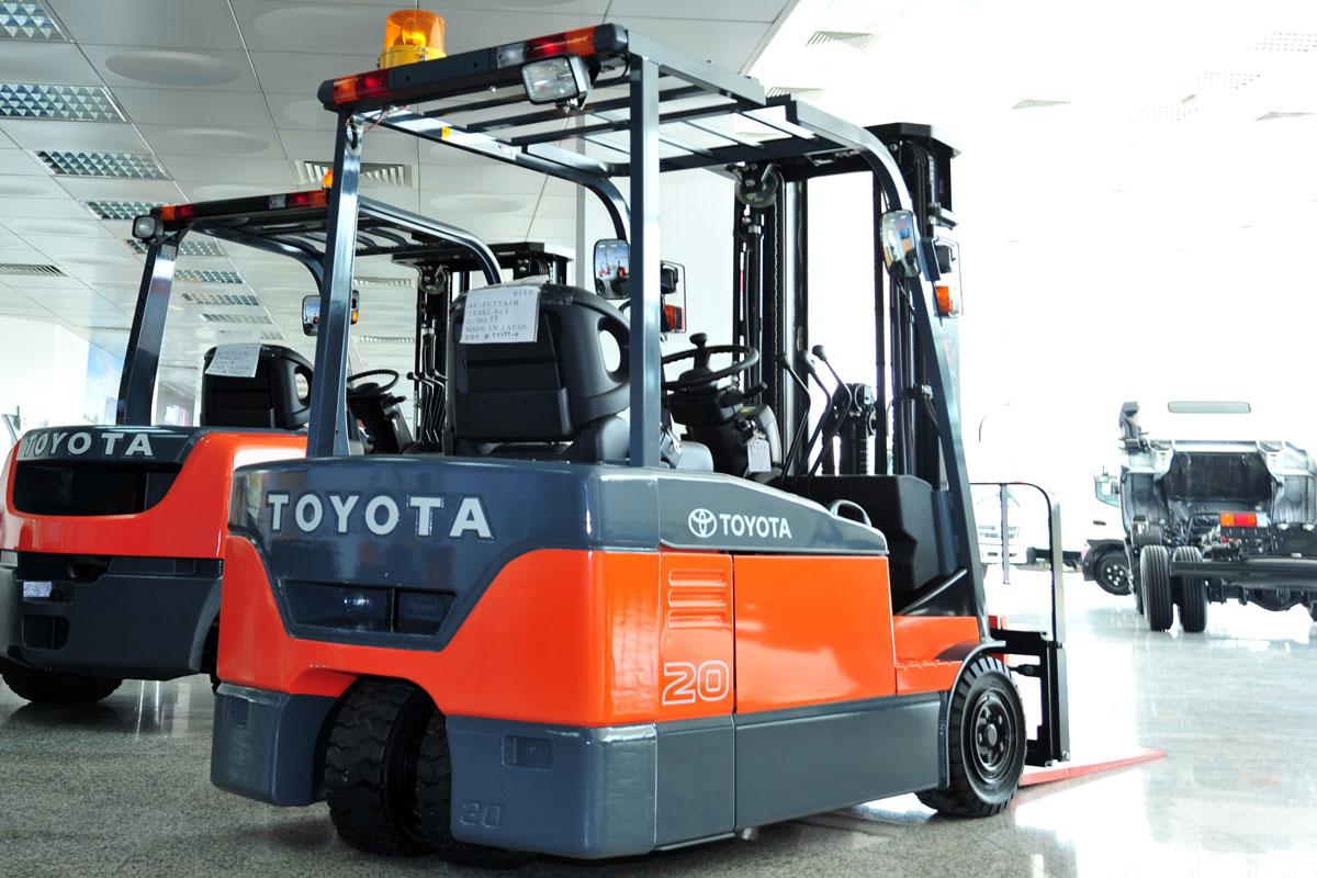 вилочный электропогрузчик Toyota 7FB20