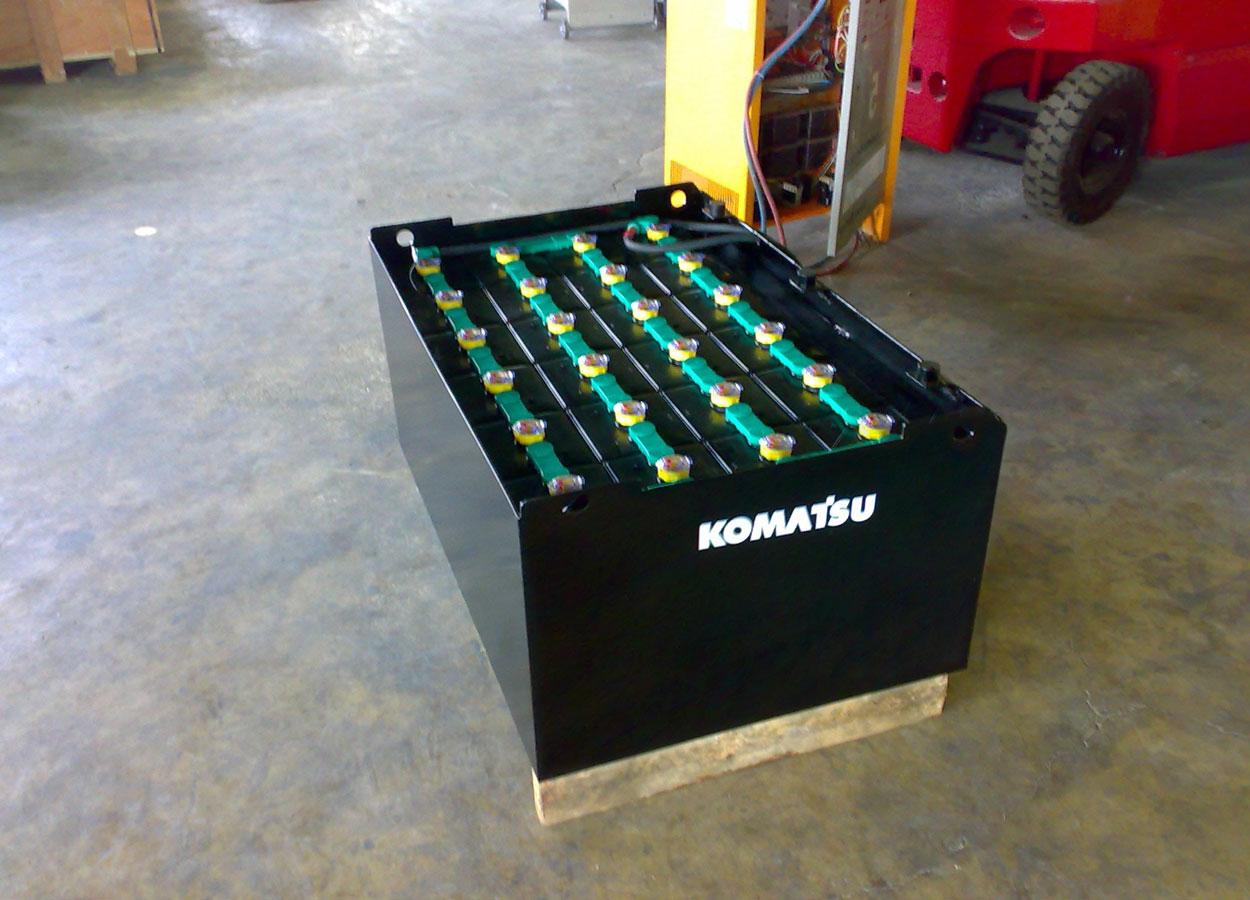 тяговая батарея Komatsu для погрузчика