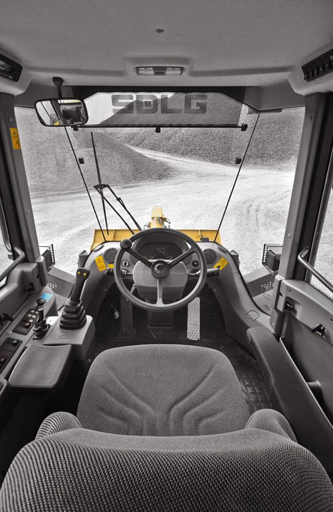 кабина водителя-оператора погрузчика SDLG LG938L