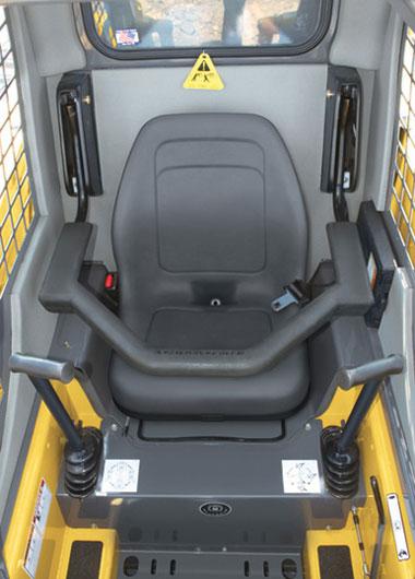 рабочее сиденье водителя мини погрузчика Gehl