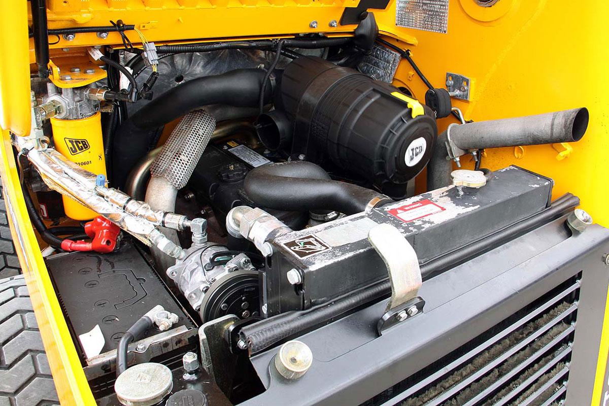 двигатель мини погрузчика JCB