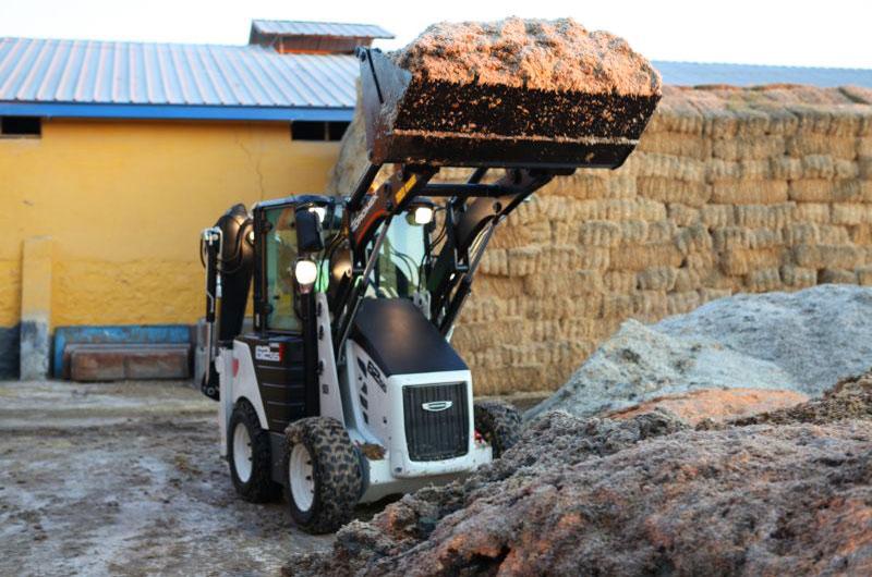 Hidromek HMK 62SS в сельском хозяйстве