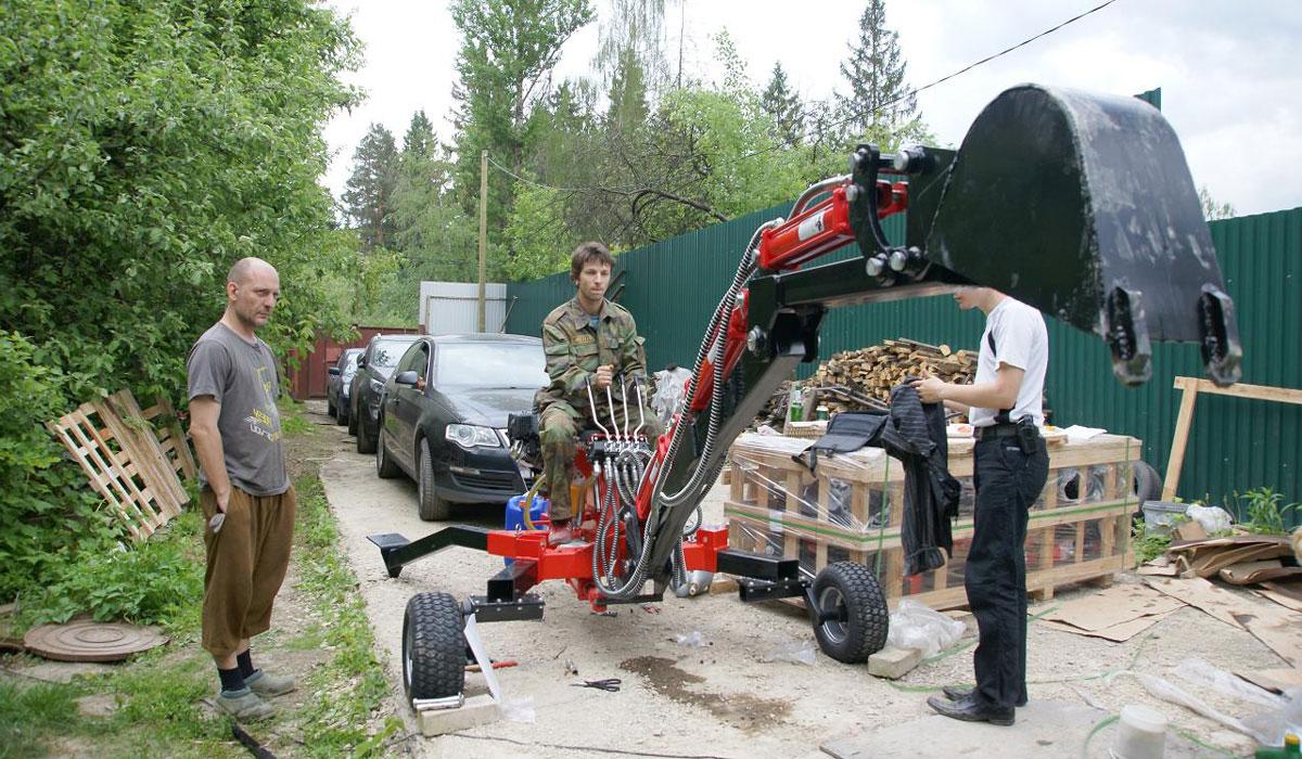 мини экскаватор прицепного типа Landformer