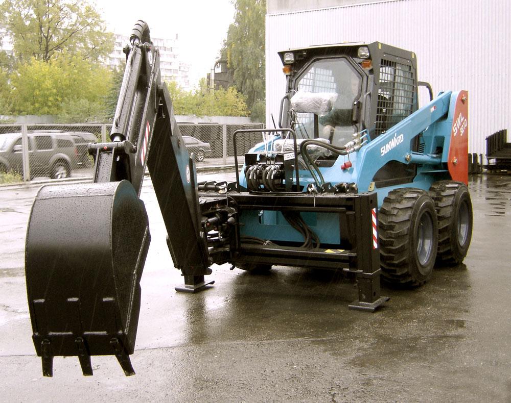 Sunward SWL 3210 с траншее копателем