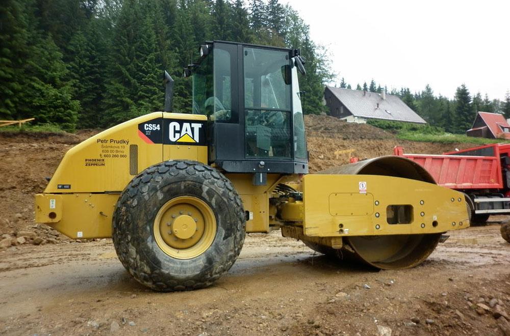 каток Cat CS54