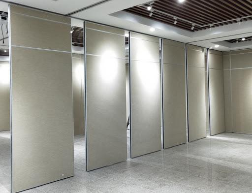 Раздвижные стены в конференц-зал