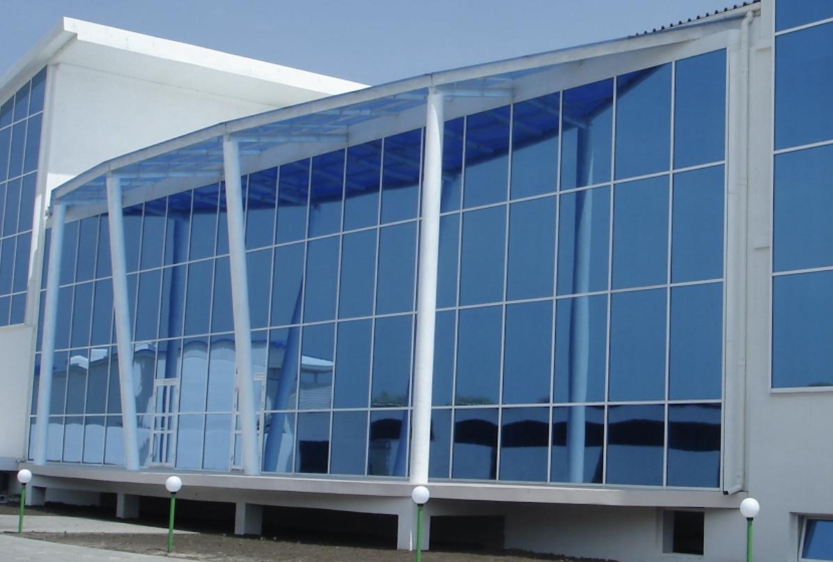 Алюминиевые витражи для красивого остекления фасадов